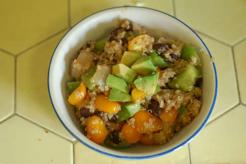 Quinoa Bowls with Green Pepper and Black Beans